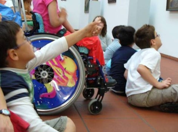 Mit Rollstuhl im ML