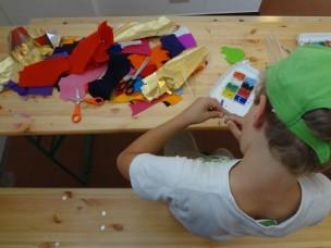 Kunst selber machen, anstatt Kunst nur zu bestaunen, an den KunstTagen Rhein-Erft. (Fotos: Mareike Gröneweg)